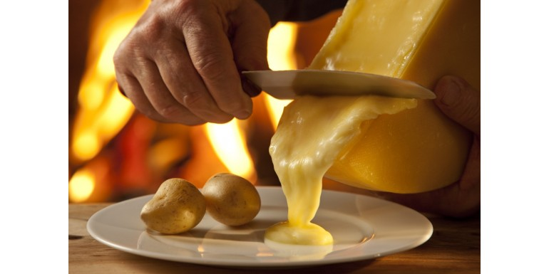 Cheese Fondue and Raclette Swiss Wine Recommendations
